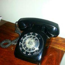 Teléfonos: TELÉFONO AMERICANO ANTIGUO AÑOS 50. ORIGINAL. ADAPTADO A LA CORRIENTE. FUNCIONA!. Lote 54709287