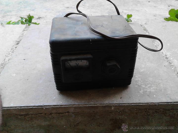 Antigüedades: aparatos medidores de voltaje - Foto 2 - 52600698