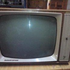 Antigüedades: ANTIGUA TELEVISIÓN EN BLANCO Y NEGRO, AÑOS 60. SCHAUB LORENZ.MODELO VISOSTAR.MADE IN WESTERN GERMANY. Lote 54189473