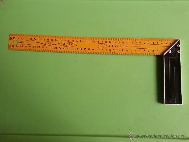 Antigüedades: gran regla escuadra en centimetros cm acero templado ideal vendedores hacer fotografias articulos - Foto 2 - 52674531