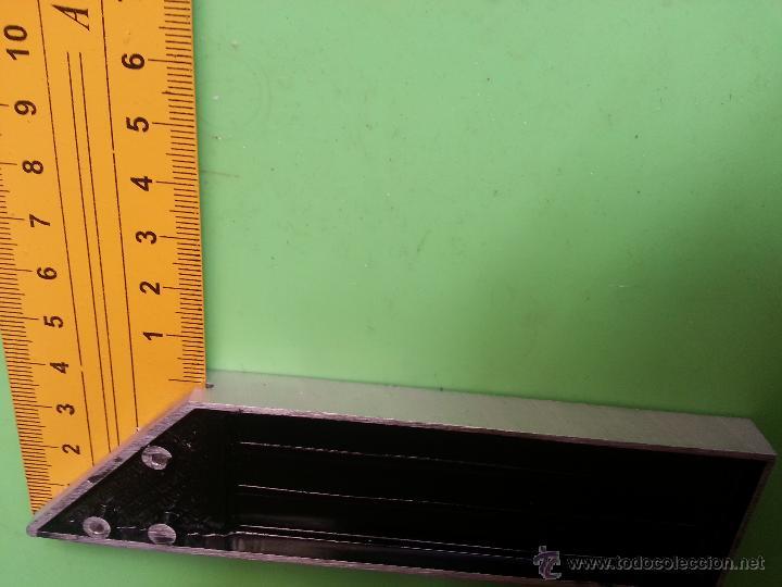 Antigüedades: gran regla escuadra en centimetros cm acero templado ideal vendedores hacer fotografias articulos - Foto 3 - 52674531