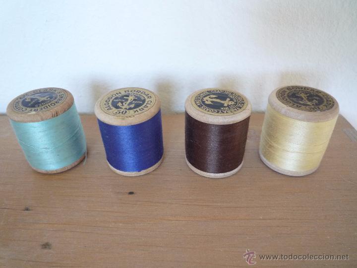 Antigüedades: 8 antiguos carretes bobinas madera / Hilo para bordar / Colores / *FABRA Y COATS* / ¡Sin estrenar! - Foto 7 - 52725828