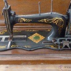 Antigüedades: MÁQUINA DE COSER JONES MACHINE.COMPLETA.EN MUY BUEN ESTADO. Lote 52763531