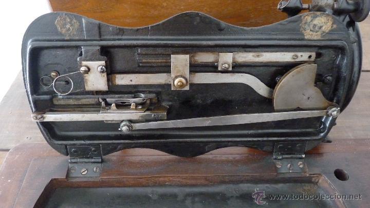 Antigüedades: MÁQUINA DE COSER JONES MACHINE.COMPLETA.EN MUY BUEN ESTADO - Foto 14 - 52763531