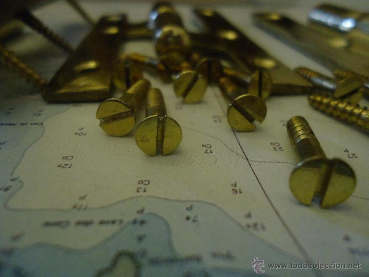 Antigüedades: Bisagras de bronce, 3,años 70,nuevas de viejo almacenamiento,pulidas una a una,con tornillos bronce - Foto 2 - 236989690