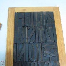 Antigüedades: IMPRENTA, CUADRO REALIZADO CON LETRAS DE MADERA - REF. 2 TAMAÑO 31X22. Lote 52886896