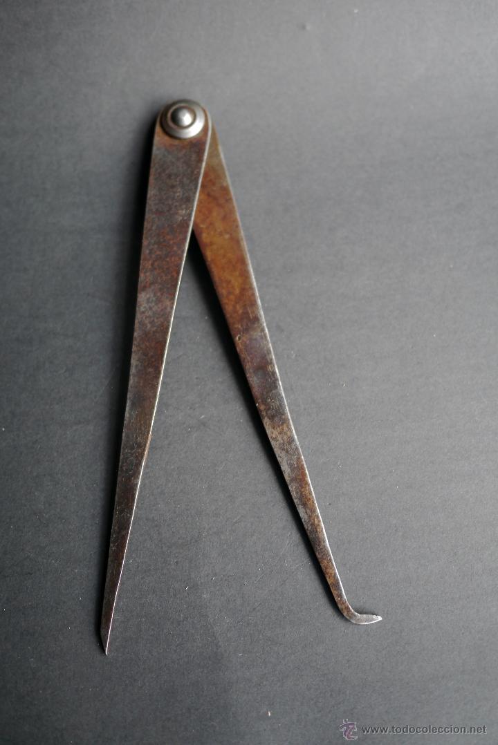 COMPAS DE TORNERO DE 22 CM DE LARGO. MIDE INTERIOR Y EXTERIOR (Antigüedades - Técnicas - Herramientas Profesionales - Carpintería )