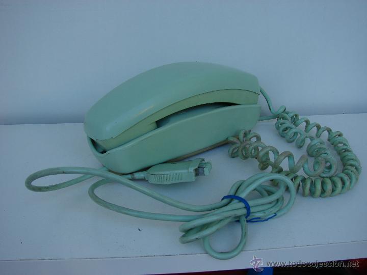 ANTIGUO TELEFONO GONDOLA. AÑOS 70. COLOR VERDE OLIVA (Antigüedades - Técnicas - Teléfonos Antiguos)