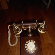 Teléfonos: TELÉFONO AÑOS 70 MARCA TELART ITALIANO MADERA METAL Y PASTA. Lote 53071840