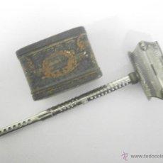 Antigüedades: MAQUINILLA DE AFEITAR KAMPFE STAR COMPLETA. Lote 53087002