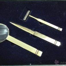 Antigüedades: JUEGO DE LUPA ABRECARTAS Y MAQUINILLA DE AFEITAR MASSIMO DUTTI. Lote 53242052