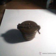 Antigüedades: JUEGO DE PESAS PARA MONEDAS?, EN CUBILETE DE BRONCE O LATON. Lote 53327455
