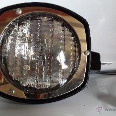Antigüedades: ANTIGUO FOCO SUPER 8 - 650 WAT. 115 V. - MADE IN U.S.A. - EN SU CAJA - MODELO - 8 / 55. Lote 53406465