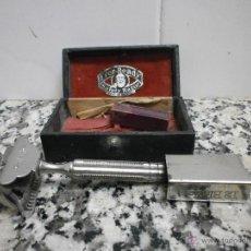 Antigüedades: MAQUINITA DE AFEITAR MARCA EVER READY SAFETY RAZOR. Lote 53435388
