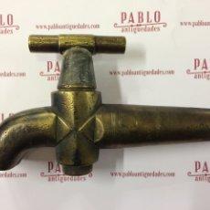 Antigüedades: GRIFO DE BRONCE DECORADO - ANTIGUO BRONCE CINCELADO PARA FUENTE, LAVABO, COCINA, FREGADERO.. Lote 53589053