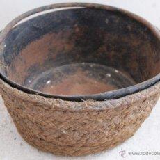 Antigüedades: ANTIGUO PLATO PARA ROMANA O BALANZA EN HIERRO Y ESPARTO.. Lote 53703520