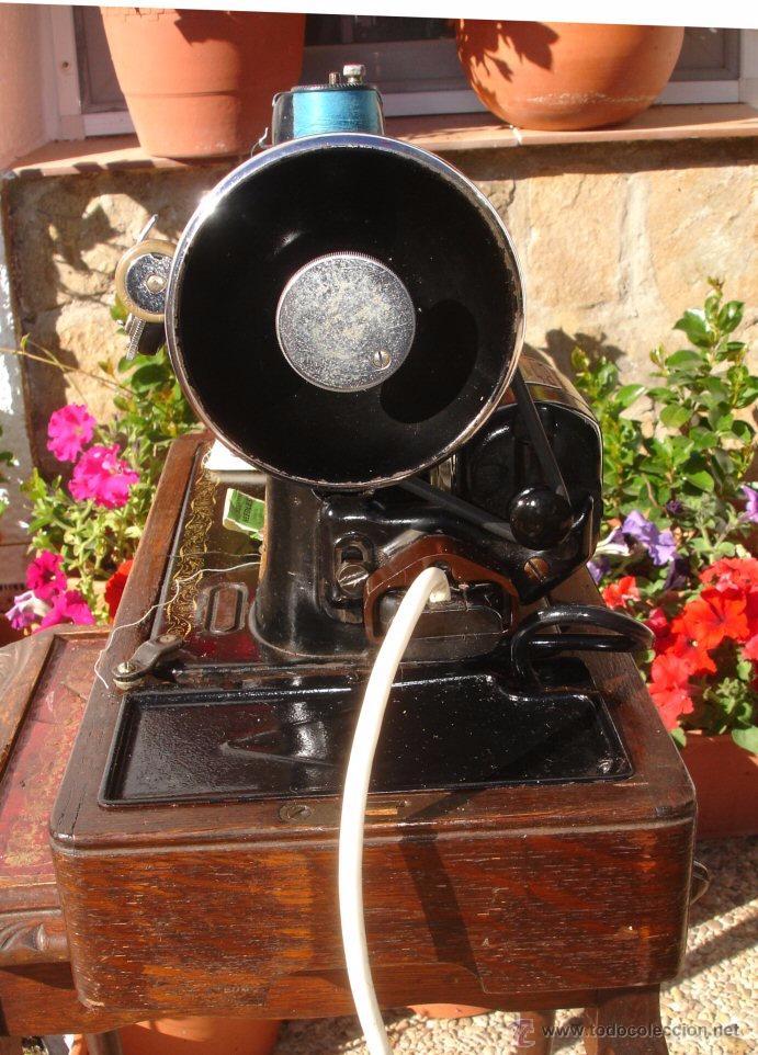 Antigüedades: PRECIOSA Y ANTIGUA MAQUINA DE COSER, ELECTRIC SINGER AÑO 1937,CON DISEÑO FILIGREE , FUNCIONA Y COSE - Foto 4 - 53858682