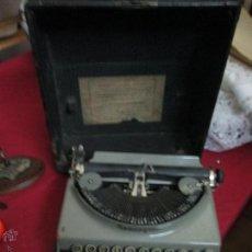 Antigüedades: MAQUINA REMIGTON PORTATIL AÑOS 20--FUNCIONA. Lote 53859658
