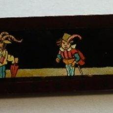 Antigüedades: PEQUEÑA PLACA DE VIDRIO / DIAPOSITIVA PARA LINTERNA MAGICA (10X2,5CM APROX). Lote 53881340