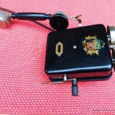 Teléfonos: ANTIGUO TELÉFONO DE MAGNETO, FABRICADO EN RIGA, LETONIA, ANTIGUA UNIÓN SOVIÉTICA. Lote 66797251