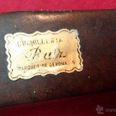 Antigüedades: ANTIGUA NAVAJA BARBERA CON SU FUNDA, DE LA ILUSTRE CUCHILLERÍA RUIZ MARQUEZ DE GIRONA. Lote 54040921