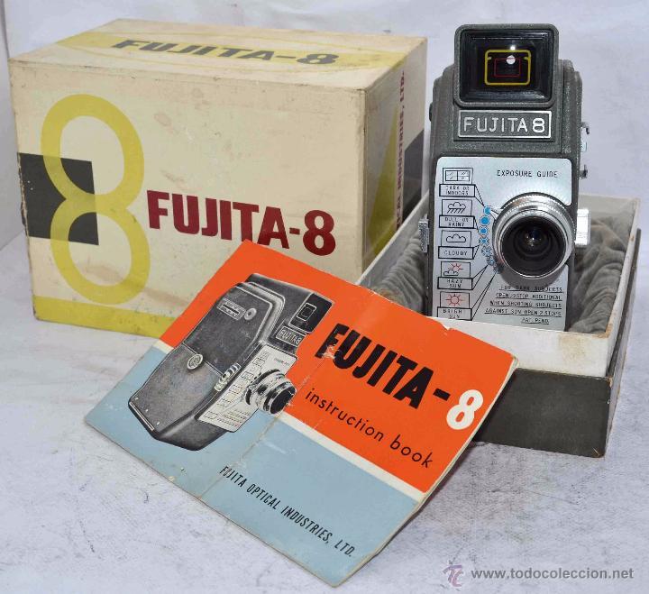 Antigüedades: GRAN CALIDAD..CAMARA DE CINE DE 8 mm..FUJITA 8+CAJA+MANUAL..JAPON 1961..MUY BUEN ESTADO..FUNCIONA - Foto 2 - 54096141