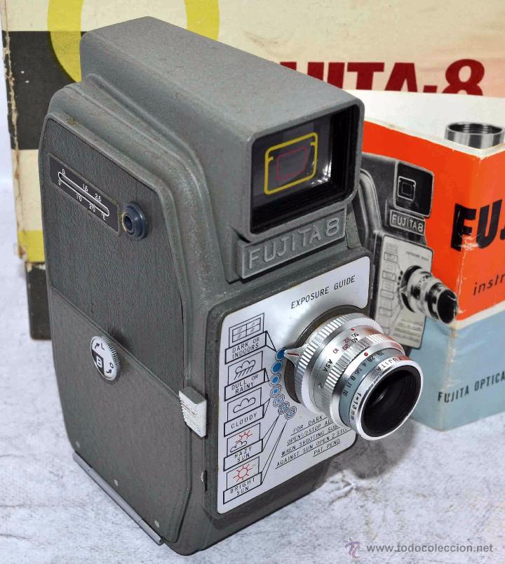 Antigüedades: GRAN CALIDAD..CAMARA DE CINE DE 8 mm..FUJITA 8+CAJA+MANUAL..JAPON 1961..MUY BUEN ESTADO..FUNCIONA - Foto 11 - 54096141