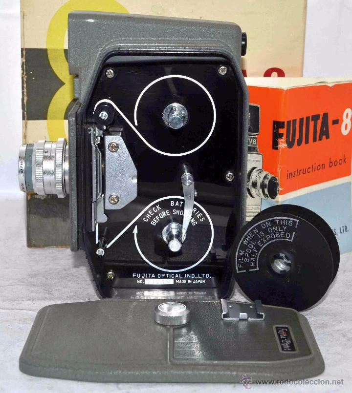 Antigüedades: GRAN CALIDAD..CAMARA DE CINE DE 8 mm..FUJITA 8+CAJA+MANUAL..JAPON 1961..MUY BUEN ESTADO..FUNCIONA - Foto 16 - 54096141