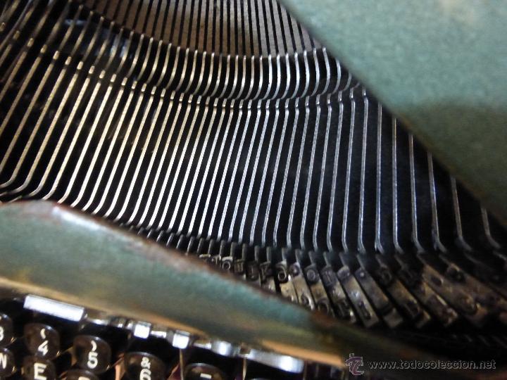 Antigüedades: ANTIGUA MÁQUINA DE ESCRIBIR TALBOS MODELO 90. FABRICACIÓN ESPAÑOLA AÑOS 50-60 - FUNCIONA. - Foto 11 - 54348580