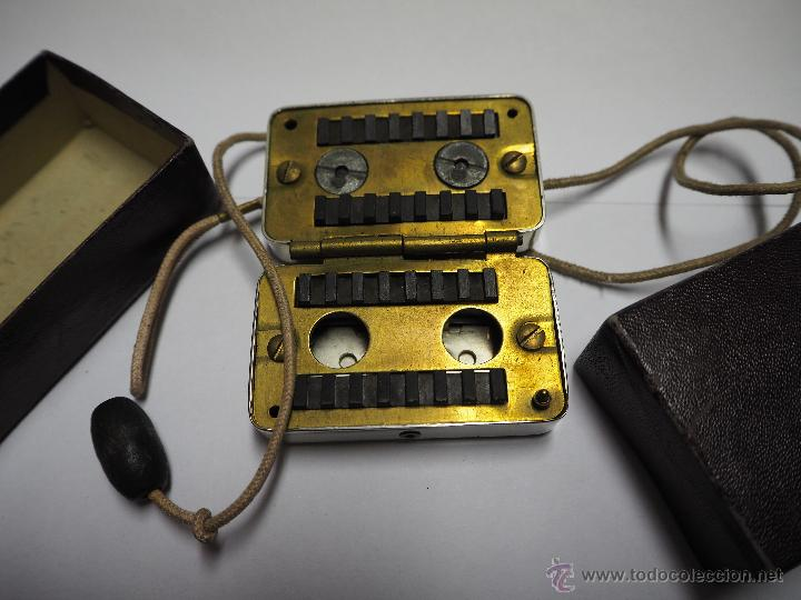 Antigüedades: Antiguo Afilador de Cuchillas con Cuerdas Raro Marca Afil. - Foto 2 - 54403768