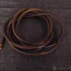 Antigüedades: ANTIGUA CORREA DE MAQUINA SINGER DE PIEL O CUERO . Lote 54577888