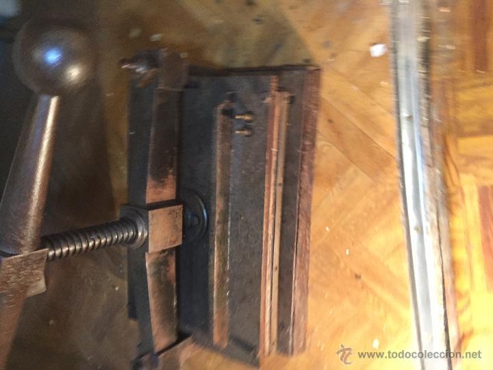 Antigüedades: Antigua prensa para libros gran tamaño - Foto 2 - 54604115
