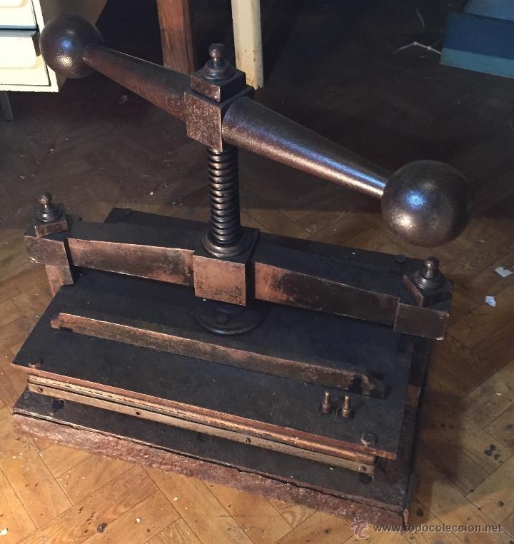 Antigüedades: Antigua prensa para libros gran tamaño - Foto 6 - 54604115
