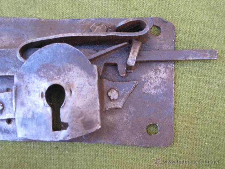 Antigüedades: CERRADURA ANTIGUA EN HIERRO FORJADO - SIGLO XVIII - XIX. - Foto 5 - 54641989