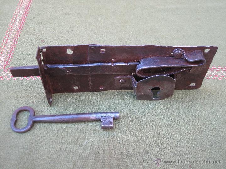 Antigüedades: CERRADURA ANTIGUA EN HIERRO FORJADO - SIGLO XVIII - XIX. - Foto 6 - 54641989