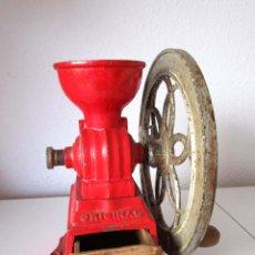 Antigüedades: MOLINILLO DE CAFE MARCA ORIGINAL PATENTADO MADE IN SPAIN FUNCIONA DECORACION VINTAGE. Lote 54676912