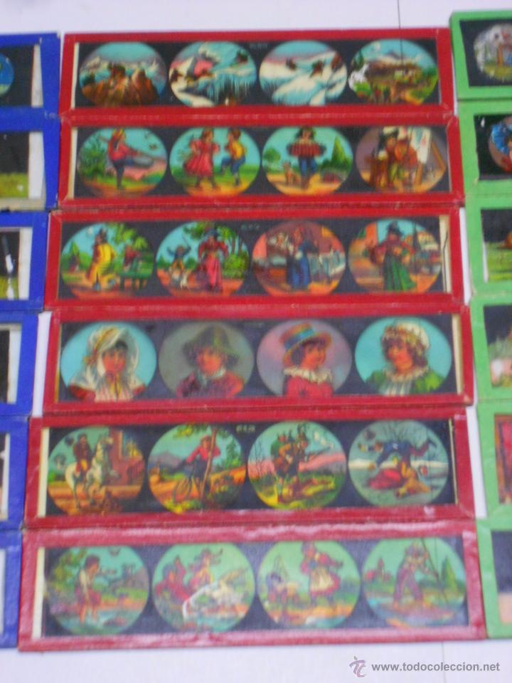 Antigüedades: CAJA CON 24 PLACAS DE CRISTAL PINTADAS DE LA LINTERNA MAGICA. SIGLO XIX. 13X3.5 Y 14X3.5 CMS - Foto 3 - 105790824