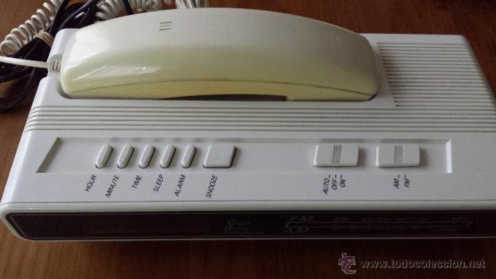 RADIO TELÉFONO DESPERTADOR HITACH PH 101. FUNCIONANDO. RELOJ. (Antigüedades - Técnicas - Teléfonos Antiguos)