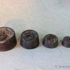 Antigüedades: JUEGO DE 5 PESAS DE HIERRO. Lote 54891126