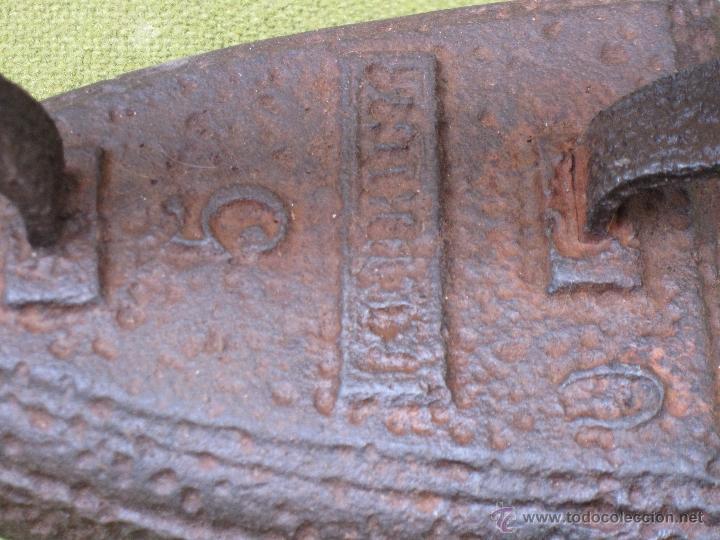 Antigüedades: PLANCHA ANTIGUA EN HIERRO MACIZO. NUM. 5 - CON MARCA. - Foto 2 - 54908376