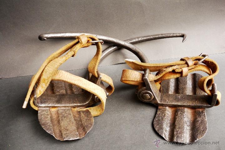 Antigüedades: GRAMPONES PARA SUBIR POSTES DE TELEFÓNO COMPLETOS - Foto 2 - 54914884
