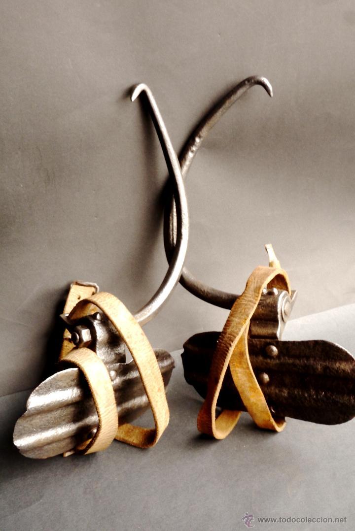 Antigüedades: GRAMPONES PARA SUBIR POSTES DE TELEFÓNO COMPLETOS - Foto 5 - 54914884