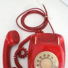 Teléfonos: TELÉFONO ROJO DE LOS DE ANTES, DE TELEFÓNICA, FUNCIONANDO. Lote 54939582