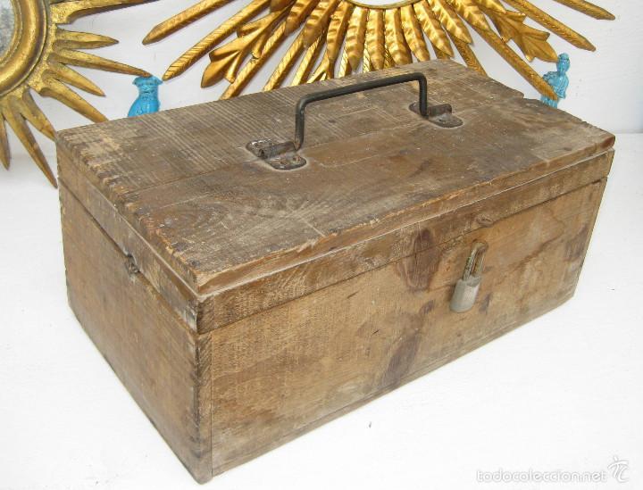 Antigüedades: PRECIOSA GRAN CAJA HERRAMIENTAS DE MADERA IDEAL USO Y DAR UN AIRE DECORACION INDUSTRIAL - Foto 2 - 55730498