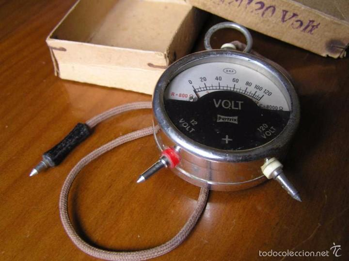 Antigüedades: ANTIGUO VOLTIMETRO DE BOSILLO EN SU CAJA ORIGINAL ANTIQUE POCKET VOLTMETER - Foto 7 - 55818580