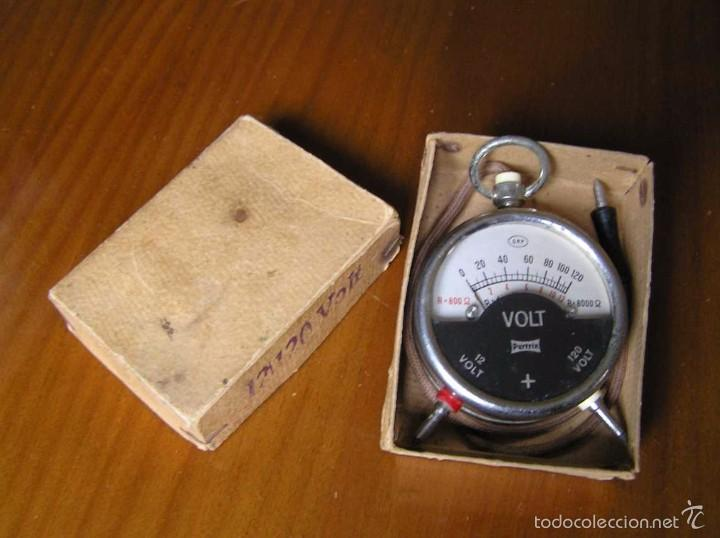 Antigüedades: ANTIGUO VOLTIMETRO DE BOSILLO EN SU CAJA ORIGINAL ANTIQUE POCKET VOLTMETER - Foto 18 - 55818580