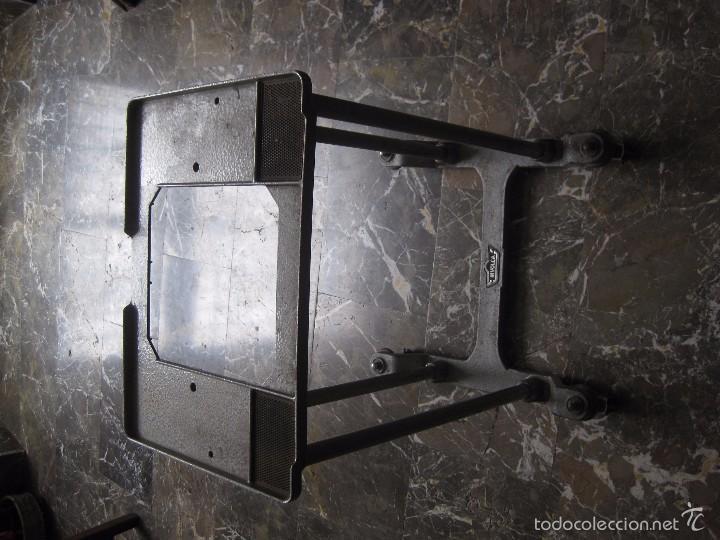 Antigüedades: MÁQUINA DE ESCRIBIR HISPANO OLIVETTI.- LÍNEA 90.- FUNCIONANDO.- - Foto 3 - 55882105
