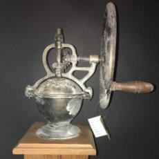 Antigüedades: MOLINILLO DE CAFÉ. Lote 56002135