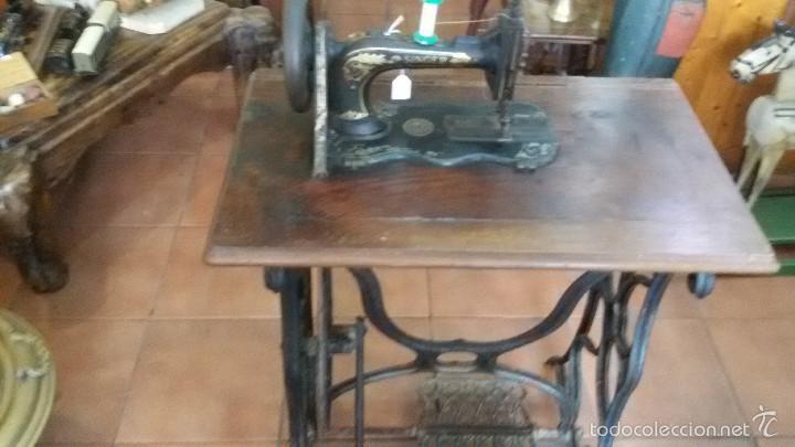 Antigüedades: ANTIGUA JOYA) DE LAS PRIMERAS AÑO 1857 Nº 07058 DE MUSEO FUNCIONANDO SINGER VIOLIN MAQUINA COSER - Foto 2 - 56145751