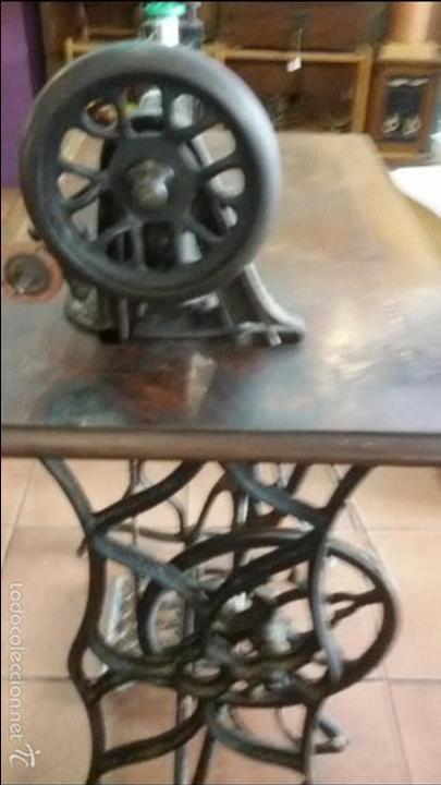 Antigüedades: ANTIGUA JOYA) DE LAS PRIMERAS AÑO 1857 Nº 07058 DE MUSEO FUNCIONANDO SINGER VIOLIN MAQUINA COSER - Foto 3 - 56145751